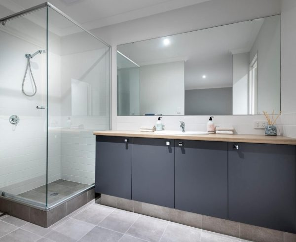Master bathroom of the Liberty by Perth home builders, Move Homes'