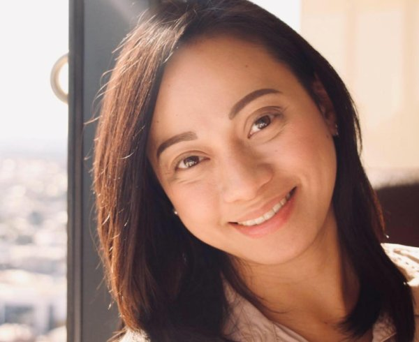 Cath Palacol is a Filipino consultant for Move Homes.