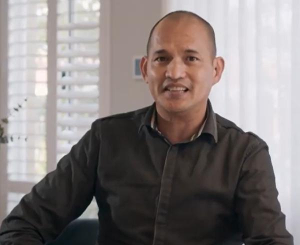 Gabriel Escoton is a Filipino consultant for Move Homes.